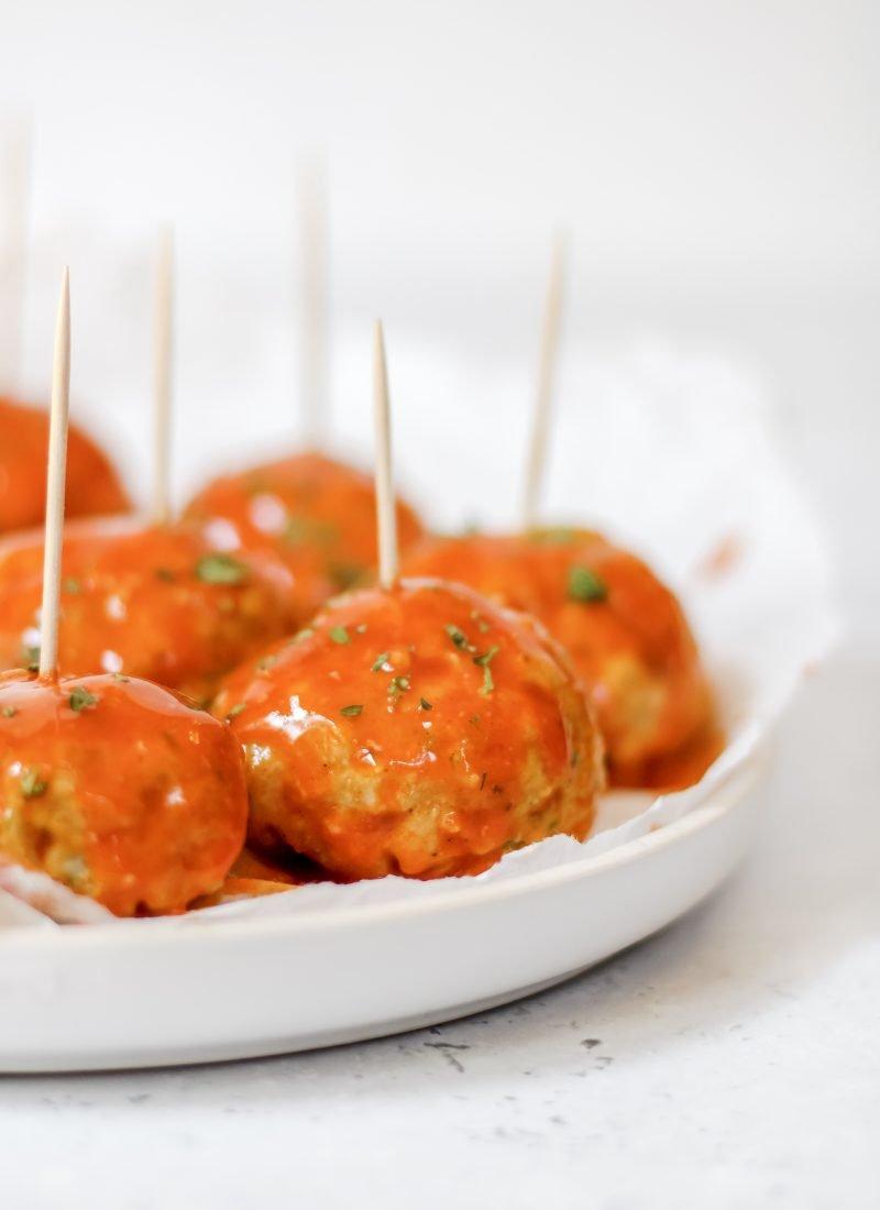 buffalo chicken meatballs (whole 30 & paleo!)